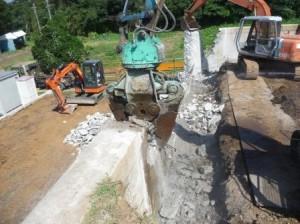 大割圧砕機,ニブラ,RC壁解体